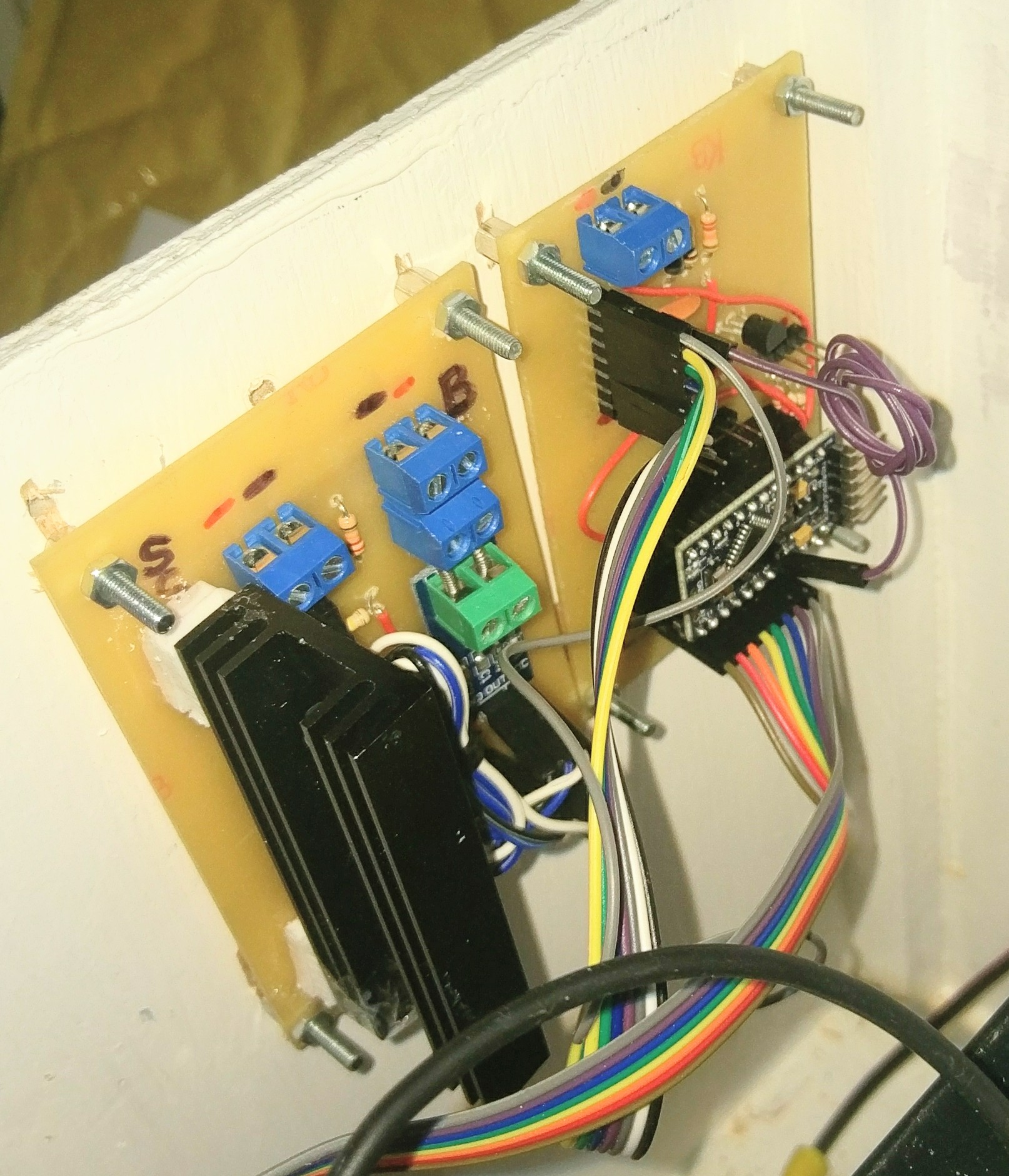 Andrew Whymans Blog Just Another Wordpress Site Usb Power Supply With Lm2575 Hqewnet Flaws In The Design